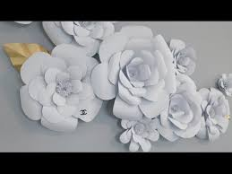 Paper Flowers Video - this video shows how to make an anyone can craft flower design