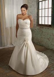 wedding dresses plus sizes plus size wedding dresses dressed up girl