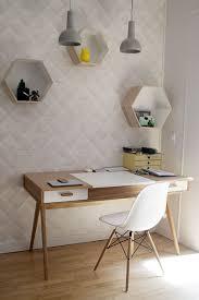 papier peint de bureau un bureau simple et design papier peint blanc graphique casiers