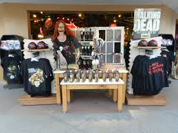 halloween horror nights t shirts halloween horror nights 2013 solo adventure themeparkhipster