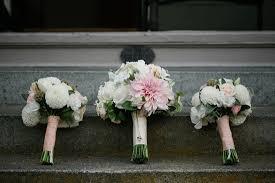 wedding flowers on a budget save on wedding flowers week 2 of 7 weddings on a budget series