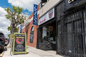 Garage Door Murals For Sale Vinyl Vendors Reviewing Stores Around La During Resurgence Of