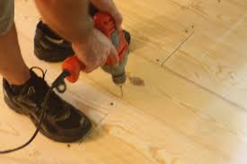 your own flooring with 1x6 pine