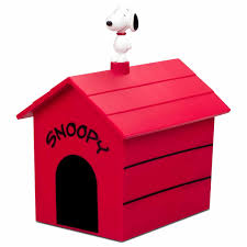 snoopy on his dog house snoopy dog house popcorn popper the green