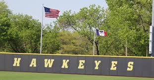 Iowa Hawkeyes Flag Season Preview Hawkeyes Baseball Hawkeyenation