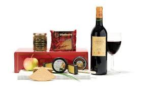 Wine And Cheese Basket 10 Wine And Cheese Gift Baskets Set Uk Liquor Online