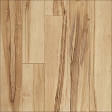 How To Install The Laminate Floor Architecture Flooring Contractors Laying Laminate Flooring On