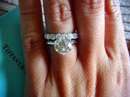 eternity ring finger 172 best pretty fingers and toes images on moissanite