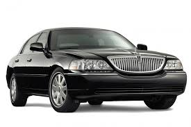 2014 black lincoln town car and a driver oh my god stuff i