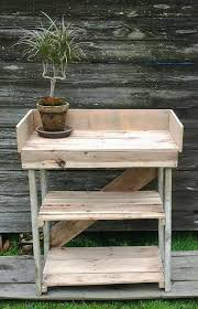 Diy Pallet Wood Distressed Table Computer Desk 101 Pallets by 101 Best Projects To Try Images On Pinterest Woodwork Furniture
