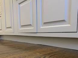 why do cabinets a toe kick how and why there are no toekicks my kitchen