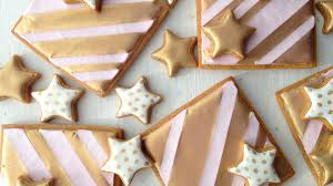 Icing To Decorate Cookies Gold Stars And Stripes Decorating Cookies With Royal Icing And