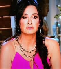 kyle richards hair extensions real housewives of beverly hills season 7 episode 1 fashion kyle