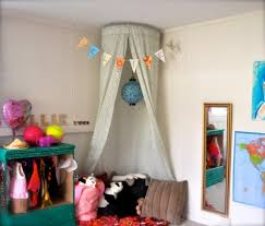 let your feel a princess 5 diy canopies for kids u0027 beds