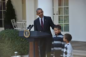 obama pardons thanksgiving turkey who are the boys pardoning the turkey with obama the thanksgiving