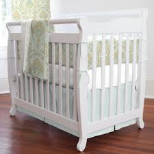 Davinci Emily Mini Crib by Davinci Emily Mini Crib Natural All About Crib