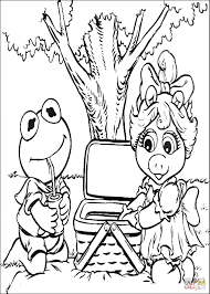 baby kermit and miss piggy on a picnic coloring page free
