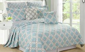Quilted Bed Valance Bed Spreads Covers And Bedding Bedspread Sets