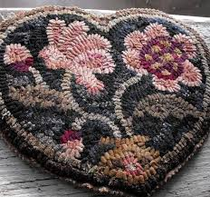 How To Make A Wool Rug With A Hook 531 Best Rugs Hooked And Penny Felted Wool Images On Pinterest