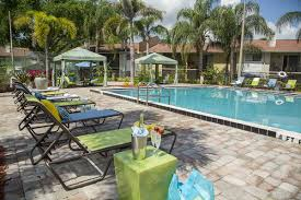 Walgreens Old Winter Garden And Hiawassee - apartments for rent in maitland fl the bentley at maitland