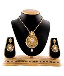 fashion necklace set images Rg fashions jewellery golden necklace set for women set of 3 jpeg