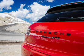 traversing two colorado peaks with the 2017 porsche macan gts