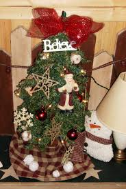 primitive christmas tree ideas for primitive christmas tree decorating happy