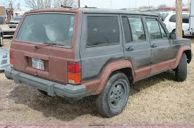 wrecked jeep cherokee 1988 jeep cherokee pioneer suv item e2957 sold march 19
