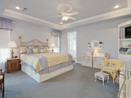 ceiling fan crown molding crown molding size 10 foot ceiling molding decorating ideas