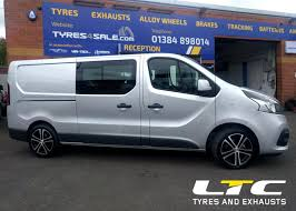 renault minivan calibre highway alloywheels fitted to renault trafic tyres4sale com