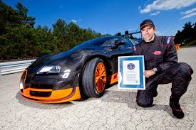 fastest car in the world bugatti displays the world u0027s fastest production car at the 2015