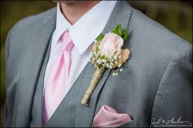 groomsmen boutonnieres groomsmen boutonnieres tips on who and when joel and