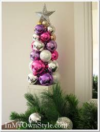 tabletop ornament tree using a knitting needle in my