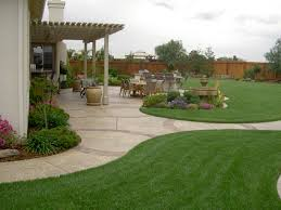 Backyard Landscaping Ideas Budget Simple Backyard Landscaping Ideas St Concrete Patio