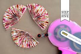 diy fans diy tutorial patterned paper place card fans