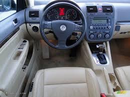 red volkswagen jetta 2006 volkswagen jetta interior 2006 image 25