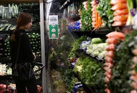 aldi vs whole foods which has cheaper organic food dwym