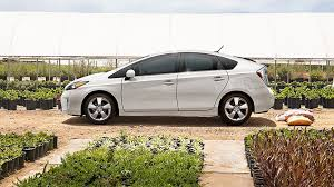 toyota prius leases epic leftovers part 1 grads lease the outgoing prius for 118