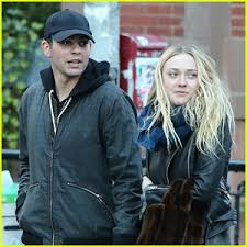 what is dakota fanning doing now dakota fanning photos news and videos just jared page 2