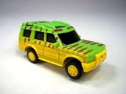 jurassic park jungle explorer jurassic park jungle explorer vehicle ford tour car land cruiser toy