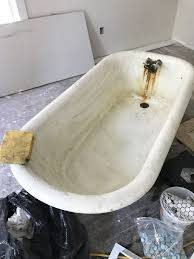 How To Clean A Dirty Bathtub How To Refinish A Nasty Old Clawfoot Tub