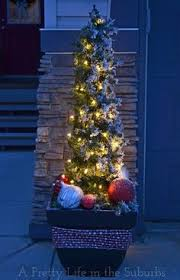 Outdoor Christmas Decorations Make Your Own by Outdoor Christmas Lights Ideas For The Roof Outdoor Christmas