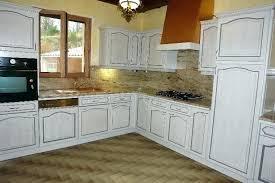 renover sa cuisine en bois degraisser meubles cuisine bois vernis comment renover une cuisine