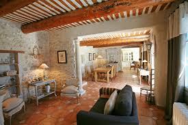 salle a manger provencale ventes en luberon à vendre traditionnelle ferme provençale avec