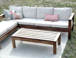 Small Outdoor Patio Furniture Side Table End Table Made From Pallets Knextreme On
