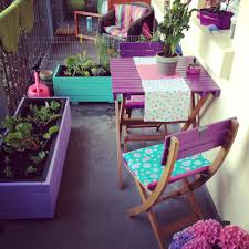 Small Balcony Furniture by Small And Stylish Tiny Balconies That Utilize The Power Of Color