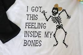 i got this feeling inside my bones skeleton halloween raglan