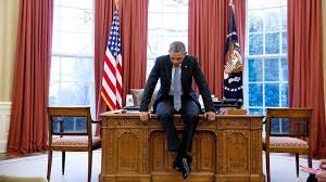 President Obama In The Oval Office Obama U0027s Photographer Presents His Last Year In Review Bbc News