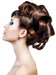 Hochsteckfrisurenen Locken Mittellange Haar by Große Locker Hochgesteckte Locken Moderne Hochsteckfrisuren Mit
