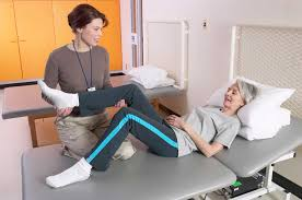 Physical Therapist Aide Salary Physical Therapists Continue To See Strong Job Opportunity